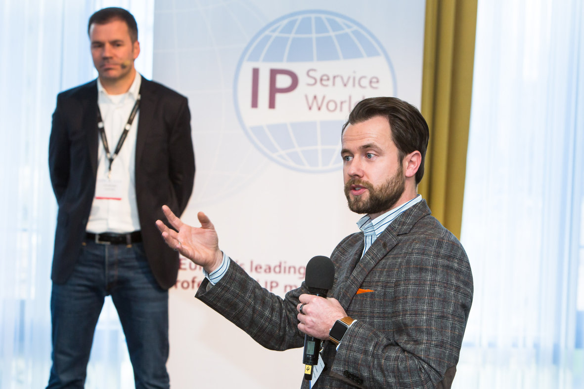 IP Service World